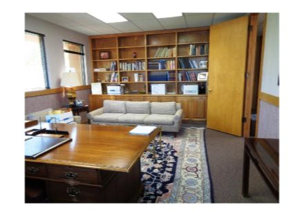 Executive Office in Avail Suite