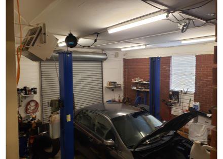 8480 Senoia Rd garage