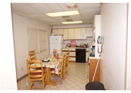 Behrman #3501 - Suite B Interior (10)