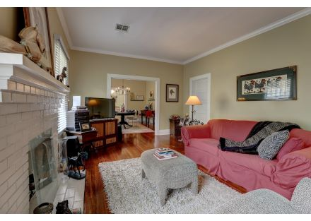 1015  Lee Ave-26