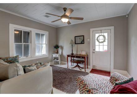 Cottage 1011 Lee Ave-47