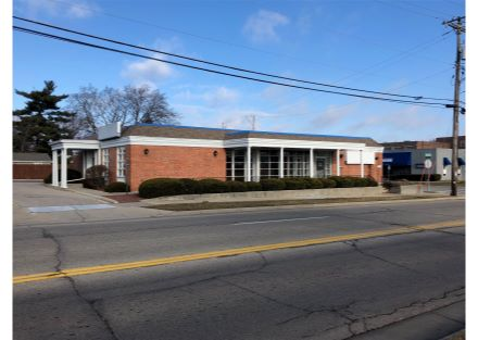 Downtown Janesville Office for Lease
