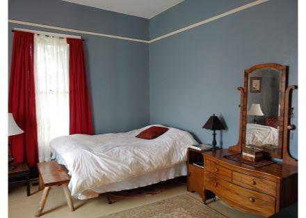 573 bedroom 1