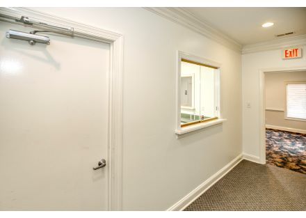 Exit to Waiting Room - Suite B