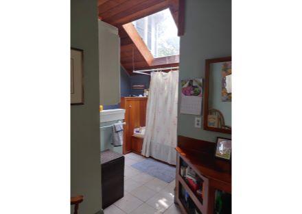 573 bathroom 1