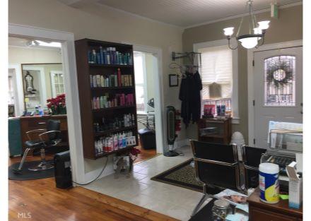 1017 Mooty Bridge - current hair salon