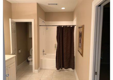 Building 1 Full Bathroom