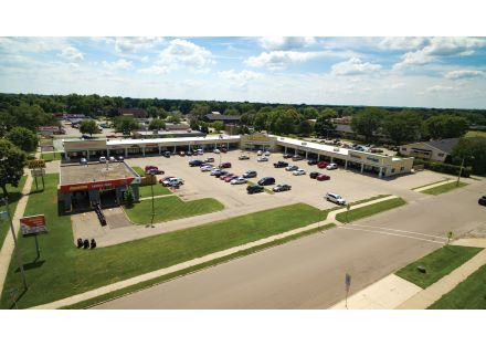 Northgate Plaza, 2240 Prairie Ave, Beloit, WI 53511
