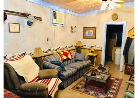 3Barn living quarters 2