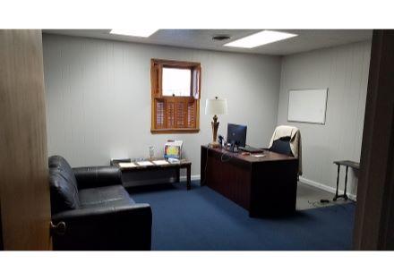 21 N Harvin office 2